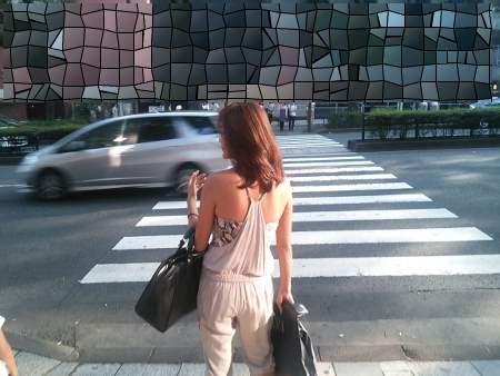 子連れ若ママの後ろ姿の街撮り素人エロ画像16