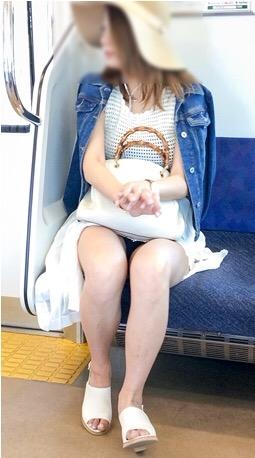 電車内盗撮17