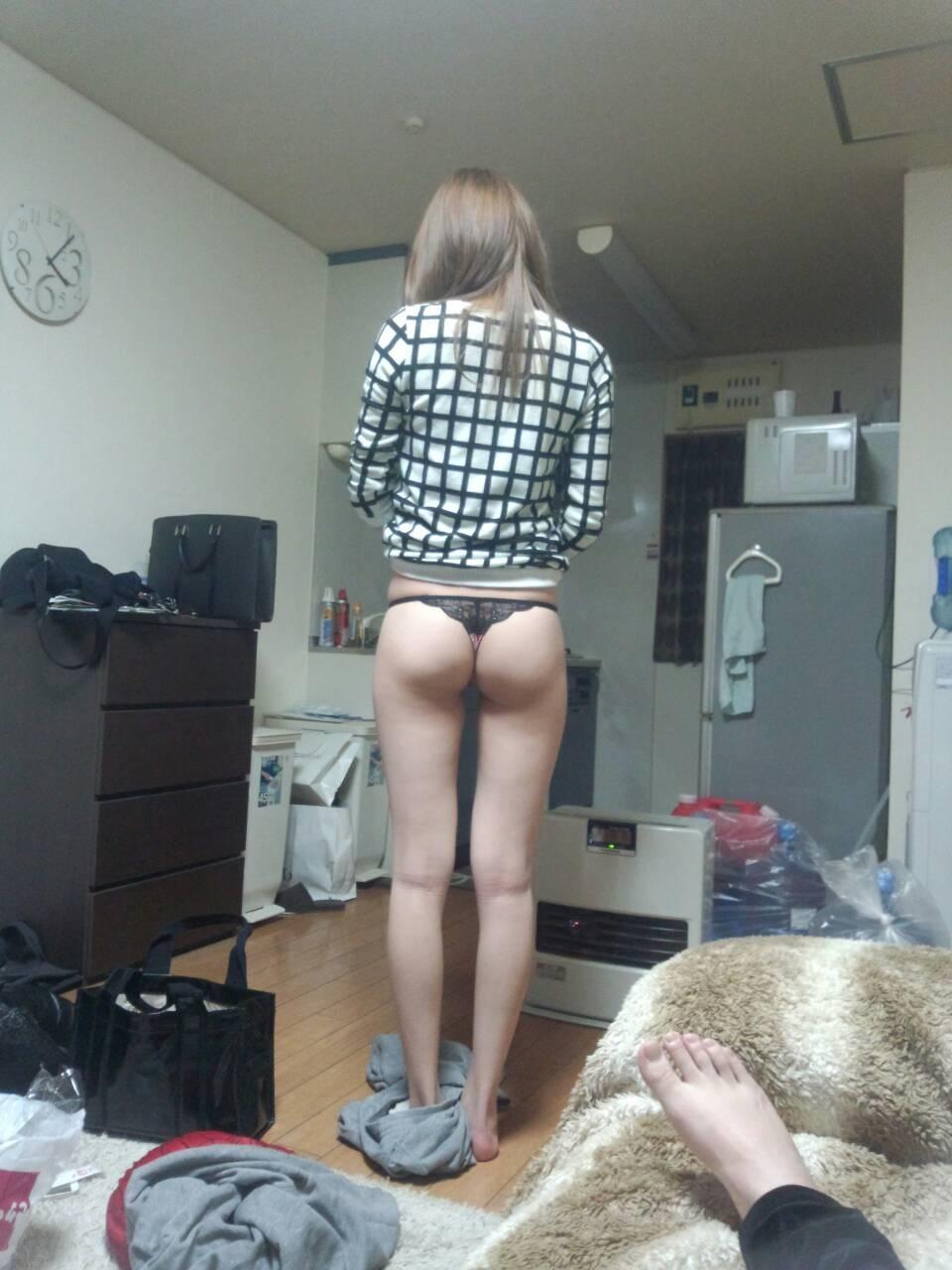 家庭内盗撮素人エロ画像9