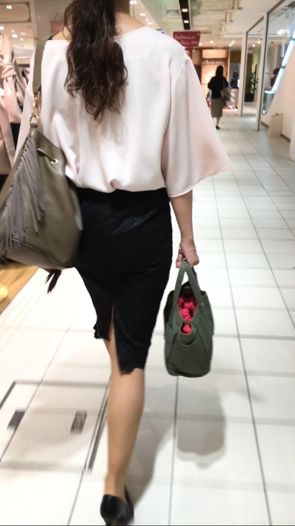 タイトスカートのお尻街撮り素人エロ画像-13