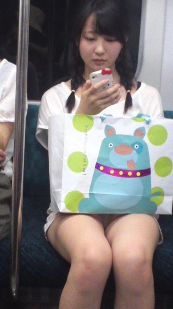 電車内盗撮3