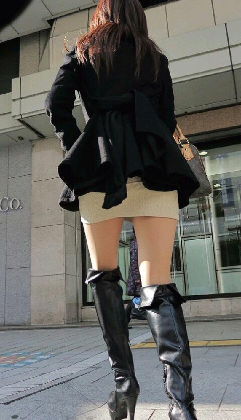 ミニスカ女子22