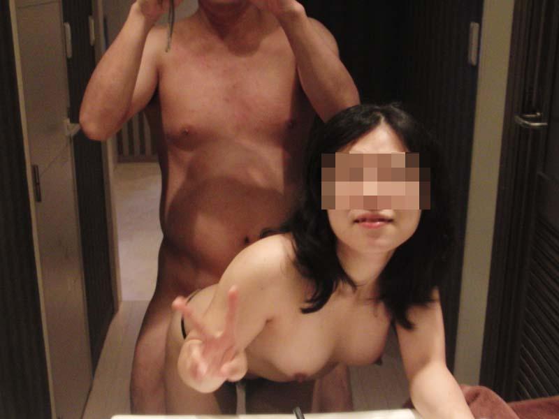鏡に性行為を映してモエる変態カップル8
