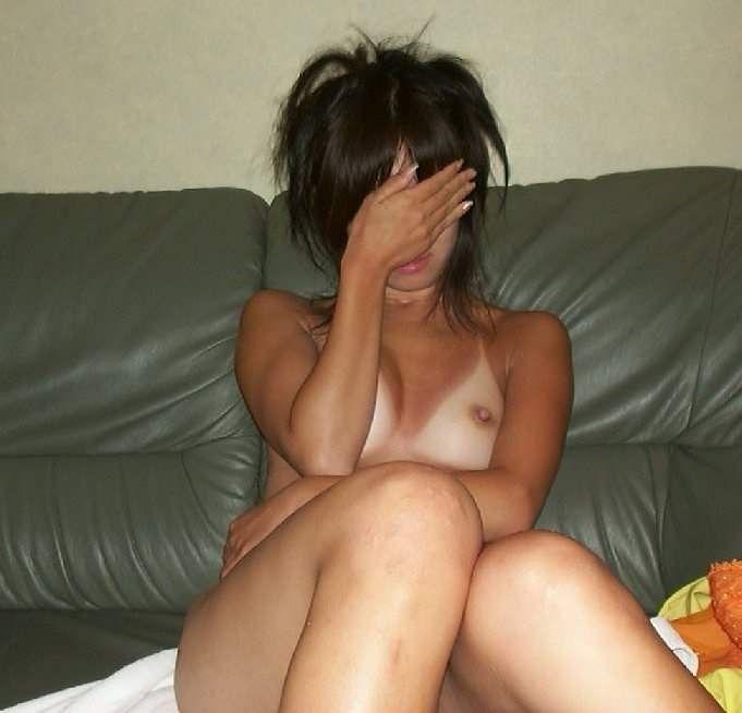 日焼け跡がエッチな女子の裸体15