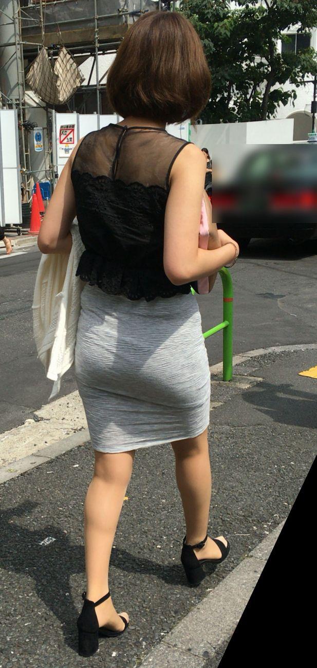 タイトスカートのお尻を盗撮12