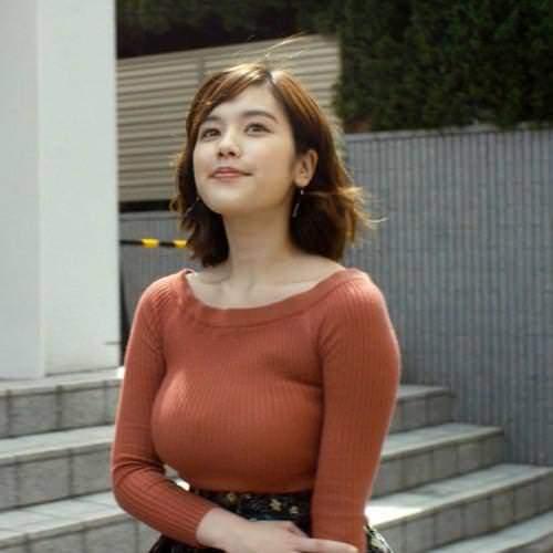 おっぱいデカすぎお姉さんの街撮り素人エロ画像-036