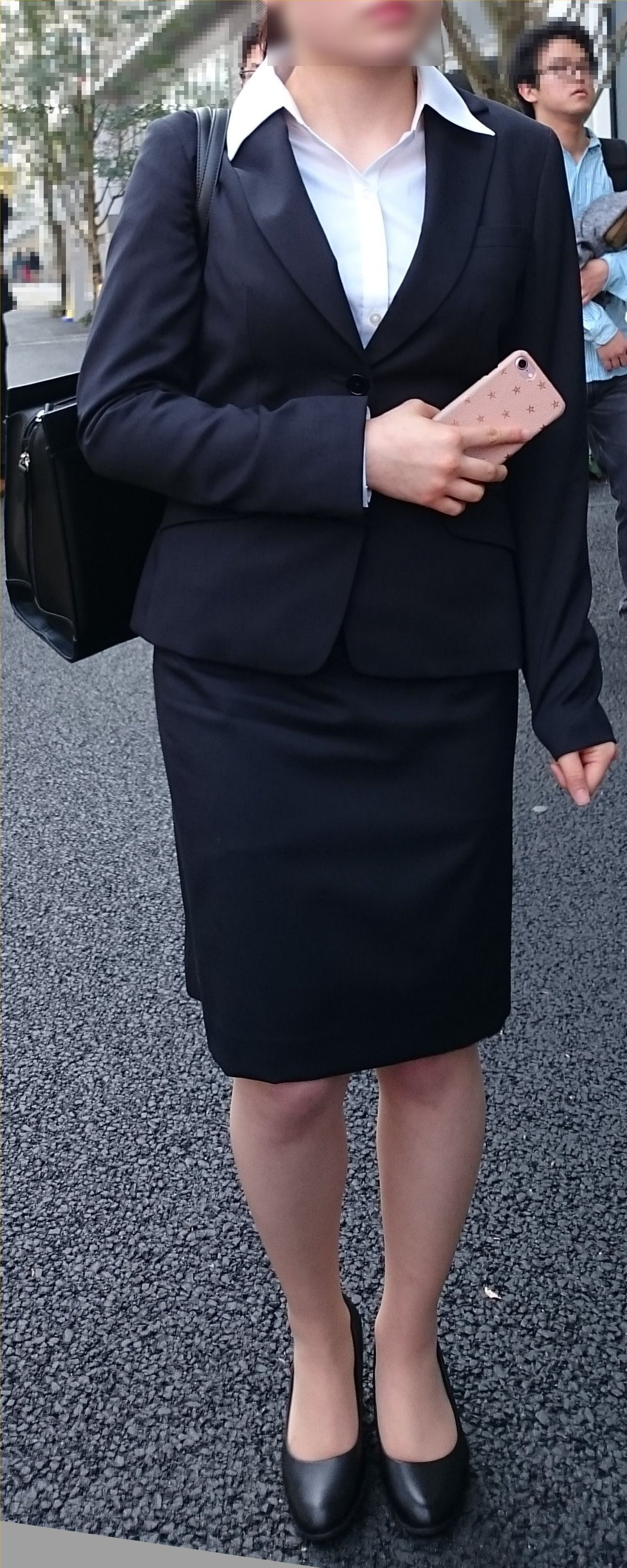 スーツや制服姿の働くお姉さんの素人エロ画像-034