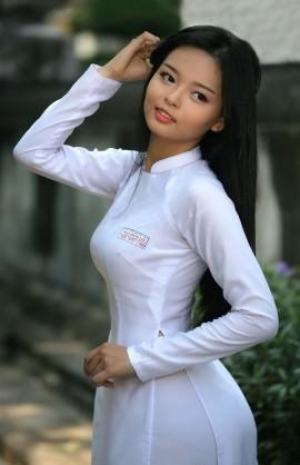 アオザイを着ているベトナム人女子高生の素人エロ画像-058