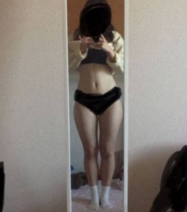 お尻が大きくてエッチな女子の素人エロ画像-017