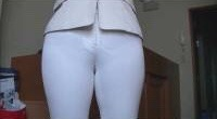 張りやパン線・透けパンがエッチなお尻の素人エロ画像-063