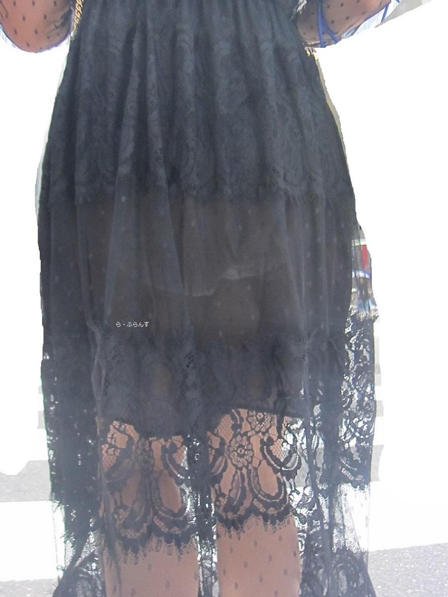パンツ透けすぎ女子の街撮り素人エロ画像-010