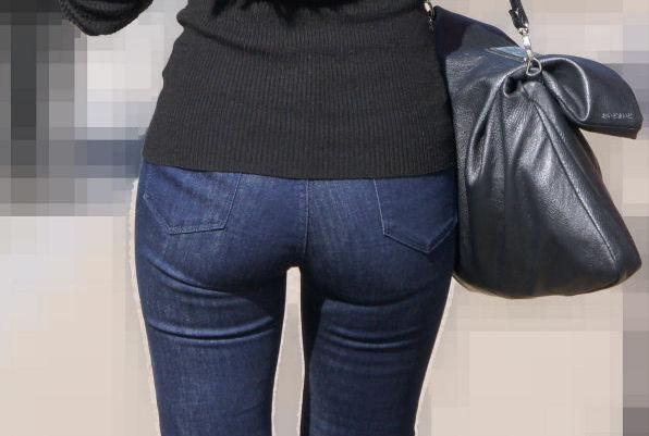 【素人エロ画像】ちゃんと穿いてるのにめちゃめちゃエッチなデニムのお尻がいっぱいで幸せwww