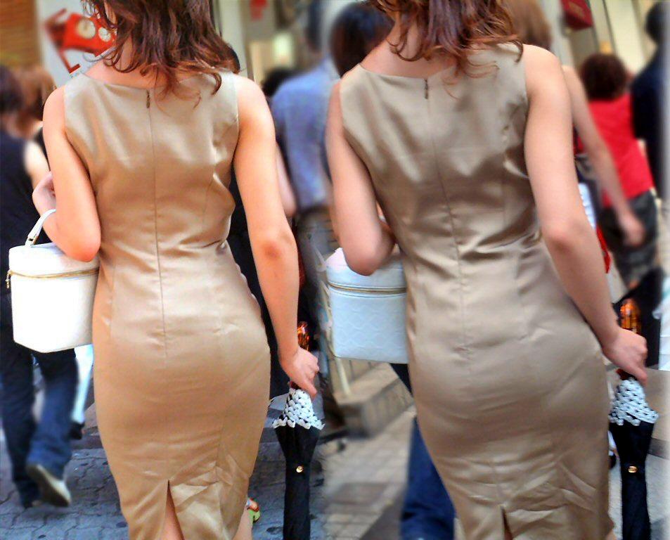 パンツの透けや線が見えまくりお尻の街撮り素人エロ画像-039