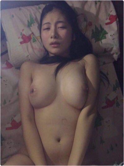 エッチな女性の身体の素人エロ画像-850