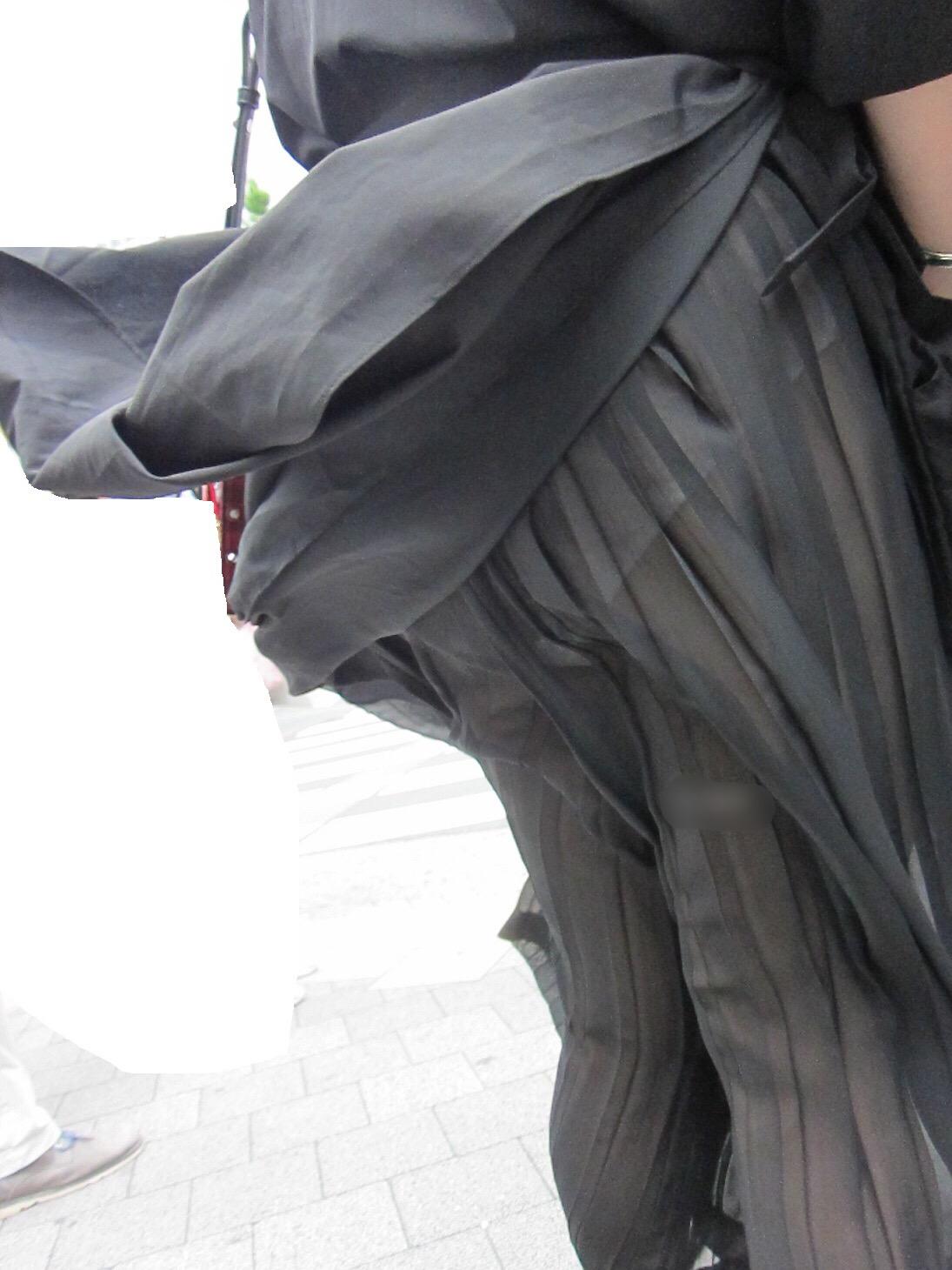 スケパン・スケブラ女子の街撮り素人エロ画像-048