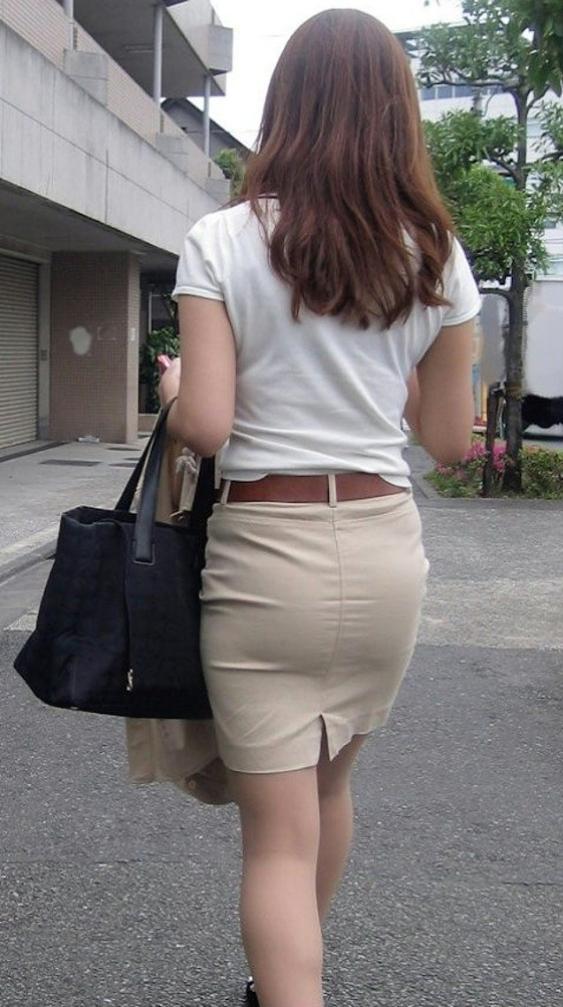 スカートのお尻の街撮り素人エロ画像-068