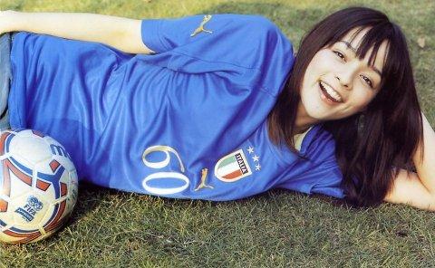 サッカーユニフォーム女子のエロ画像20
