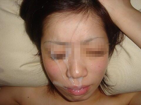 素人なのに顔射しちゃうセックスハメ撮りエロ画像23