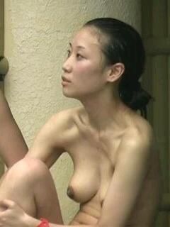 露天風呂の入浴女子素人エロ画像14