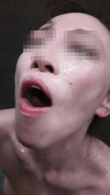 ド変態熟女の素人エロ画像15