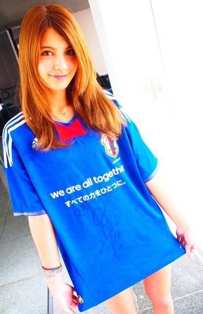 サッカーユニフォーム女子のエロ画像26