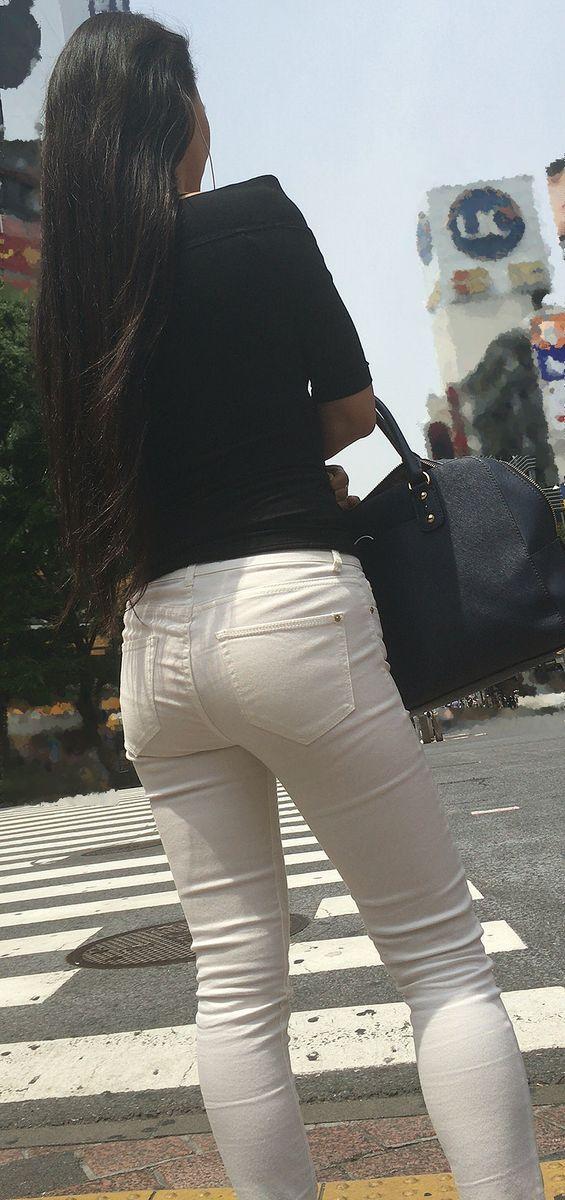 白パンツのお尻街撮り素人エロ画像9