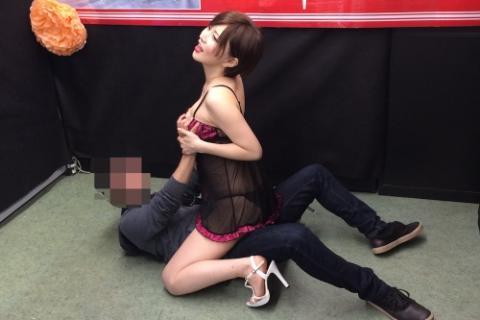 AV女優のサイン会のエロ画像227-5
