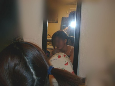 カップルが性行為を自撮りや鏡前で撮影した素人エロ画像5