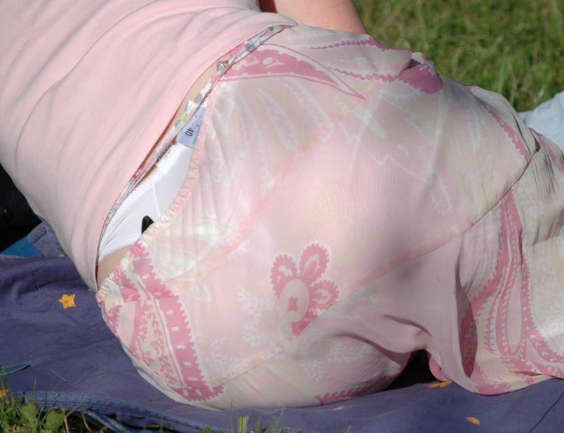 うっかりすぎるラッキースケベなパンチラ・尻チラシルとエロ画像03