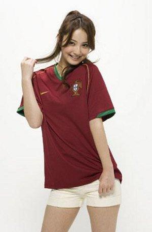 サッカーユニフォーム女子のエロ画像17