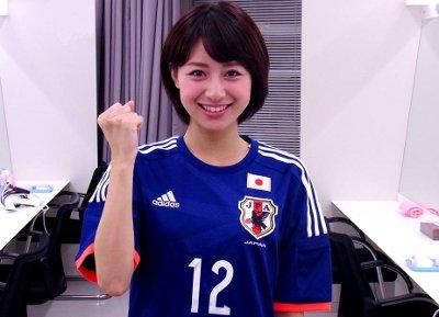 サッカーユニフォーム女子のエロ画像21