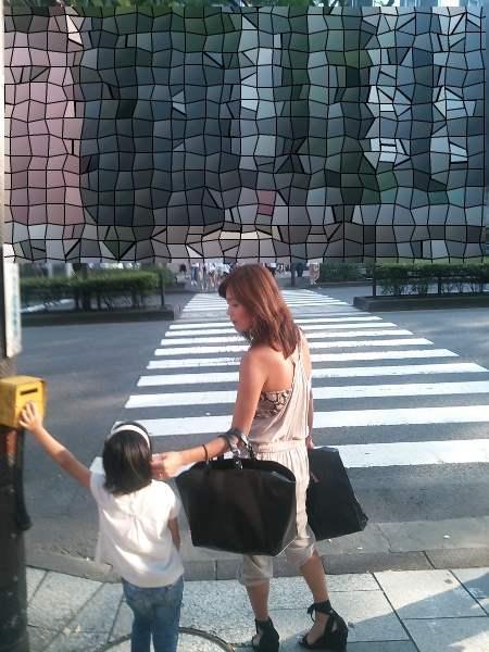 子連れ若ママの後ろ姿の街撮り素人エロ画像17