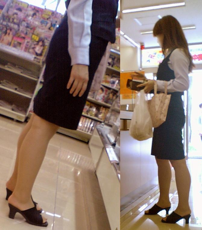 タイトスカートの制服を着たOLや働くお姉さんの街撮り素人エロ画像11