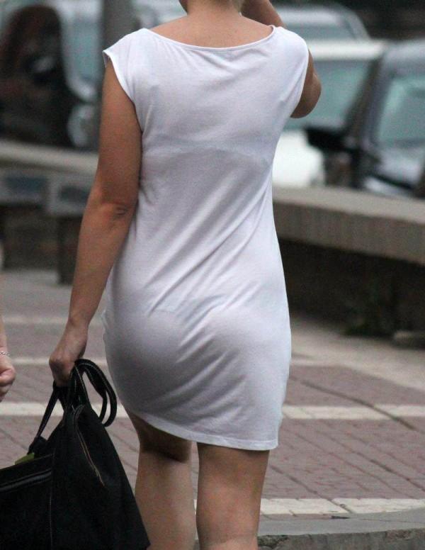 いくらなんでもスケスケすぎる透けパン透けブラを盗撮した素人エロ画像18