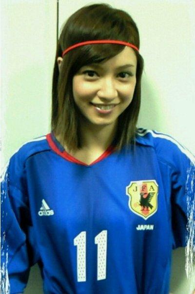 サッカーユニフォーム女子のエロ画像13