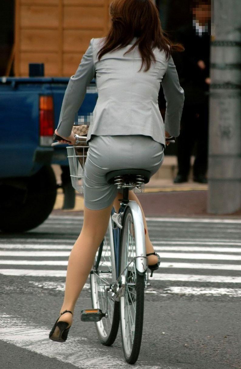 サドルになりたい自転車に乗ってるお尻盗撮画像6