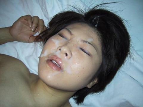 顔射の素人エロ画像6
