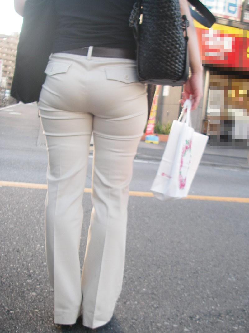 白パンツ・ジーンズのパン線透けパンお尻の街撮り素人エロ画像28