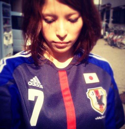 サッカーユニフォーム女子のエロ画像14