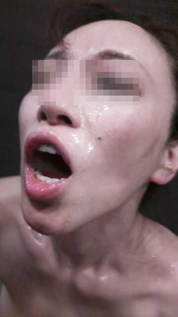 ド変態熟女の素人エロ画像14