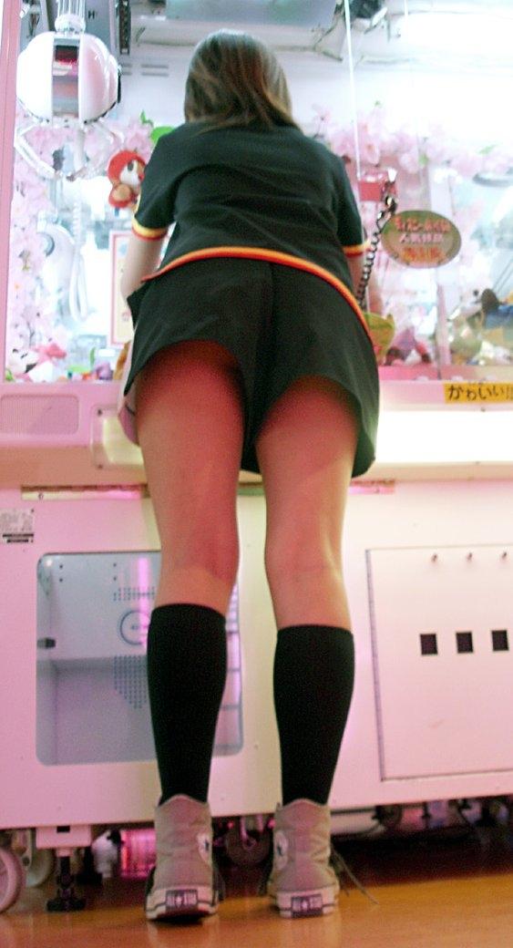 働くお姉さんを見せたら遭遇したラッキースケベをとった素人エロ画像021