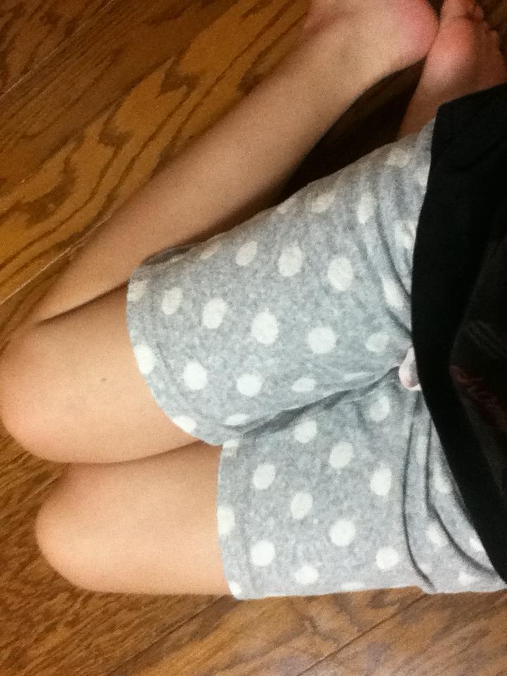 ショートパンツや下着姿やノーパンで下半身を自撮りする素人エロ画像6