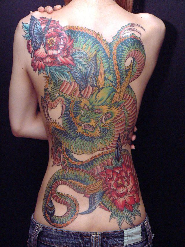 刺青女やタトゥーギャルのエロ画像04