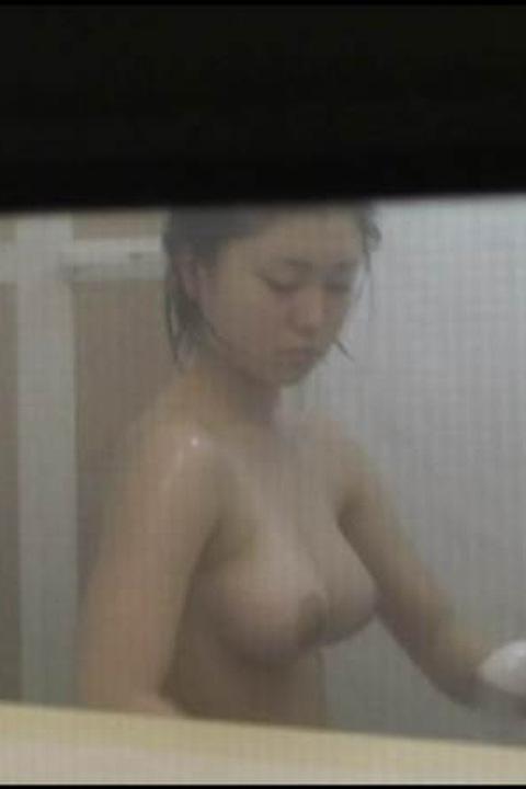 民家盗撮素人エロ画像12