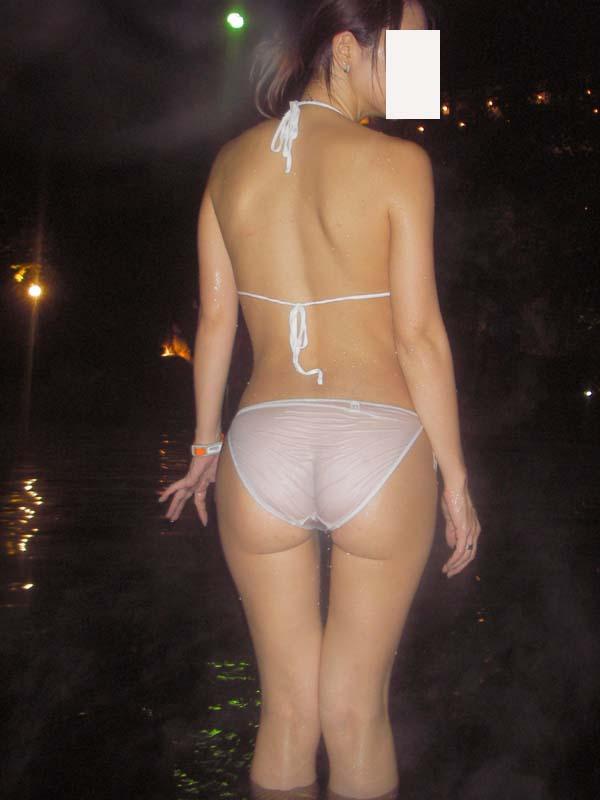 混浴露天風呂の素人エロ画像10