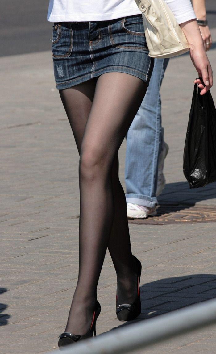 脚やお尻や太ももなど女性の下半身エロ画像72-3