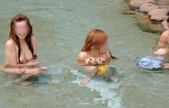 混浴露天風呂の素人エロ画像12