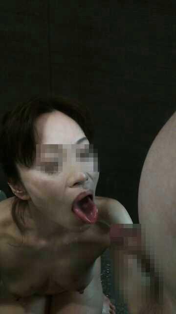 ド変態熟女の素人エロ画像17