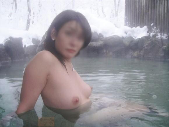 混浴全裸入浴の素人エロ画像14